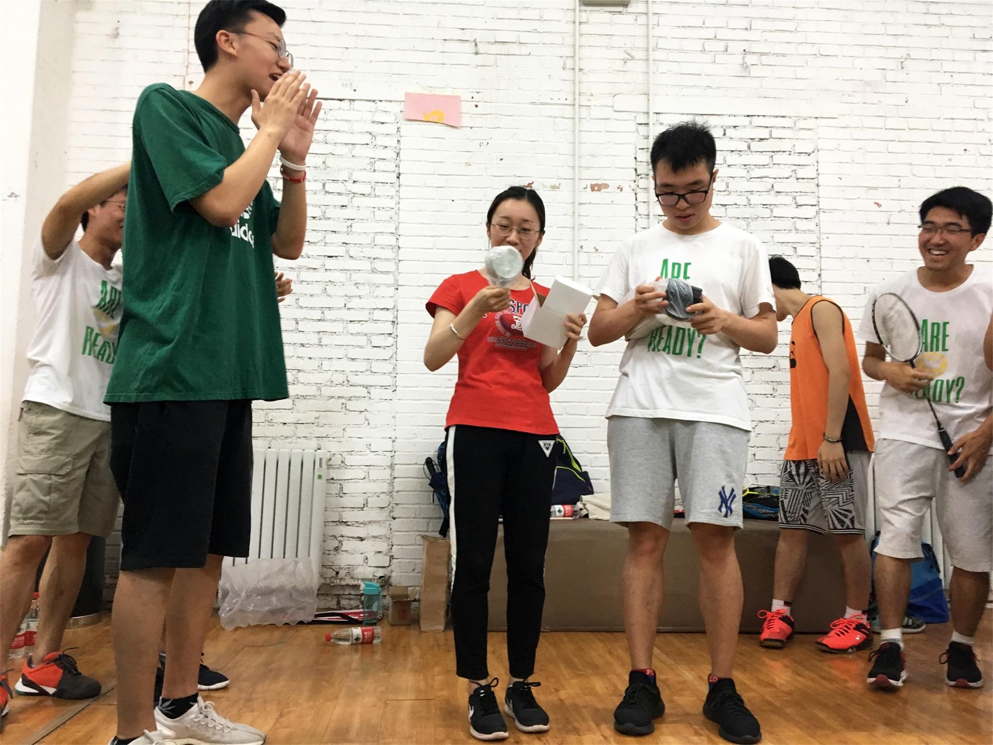 乒乓球亚军河马组合