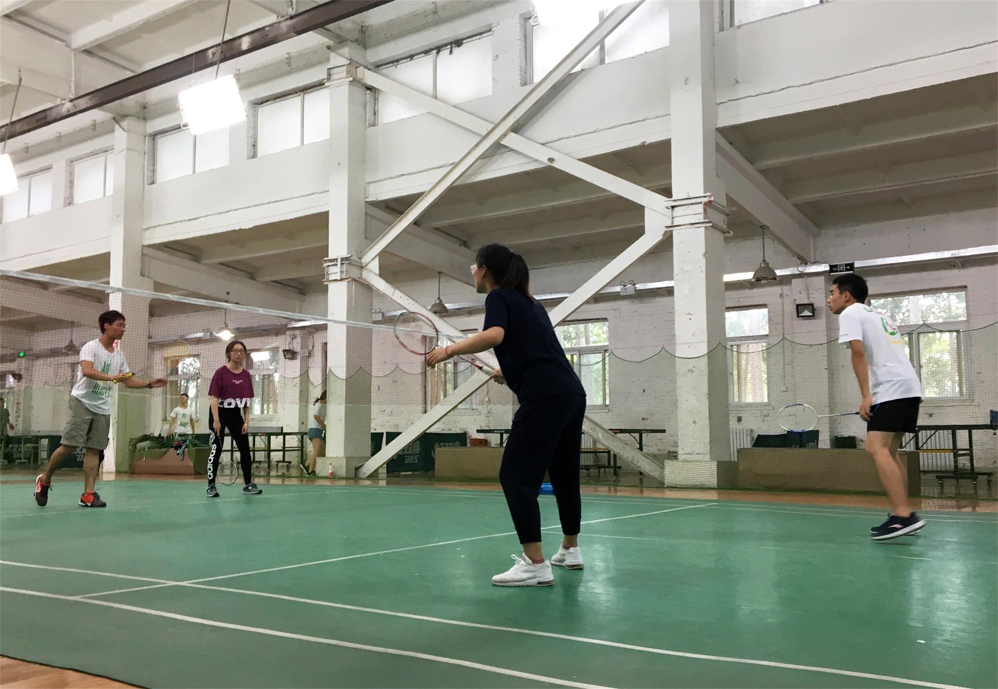 羽毛球季军争夺赛